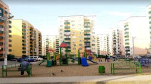 на фото -двор жк Солнечный