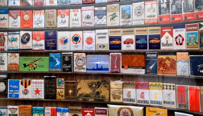 Вот такая коллекция сигаретных пачек была у моего друга